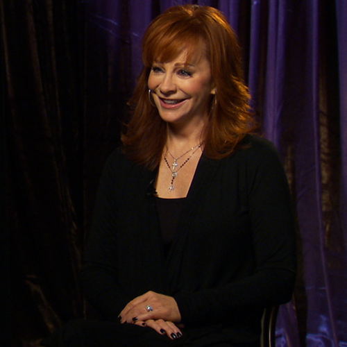 Reba McEntire and Malibu Country Cast Interviews (Video)