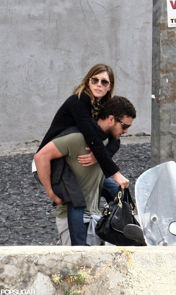 In September 2008, Jessica Biel hopped on Justin Timberlake's back in Rome.