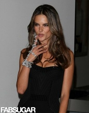 Alessandra accessorized her look last night with an amazing spiked bracelet.
