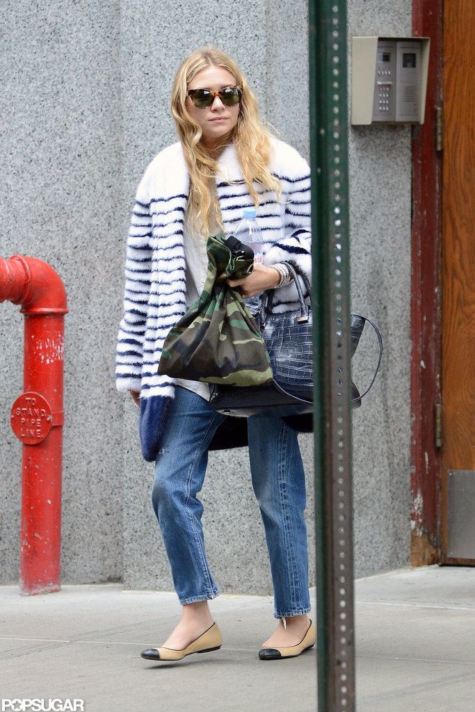 Ashley Olsen donned light-colored jeans.