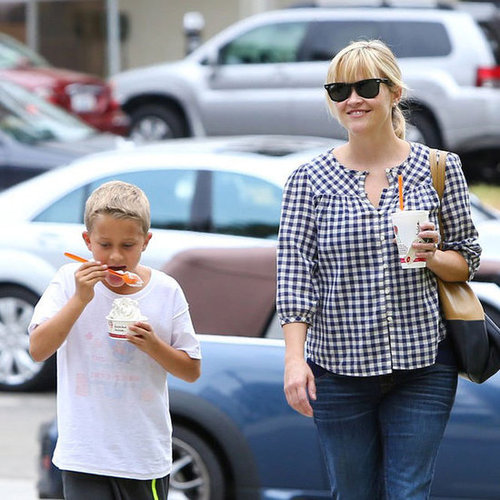 Reese Witherspoon Out Shopping With Deacon | Pictures