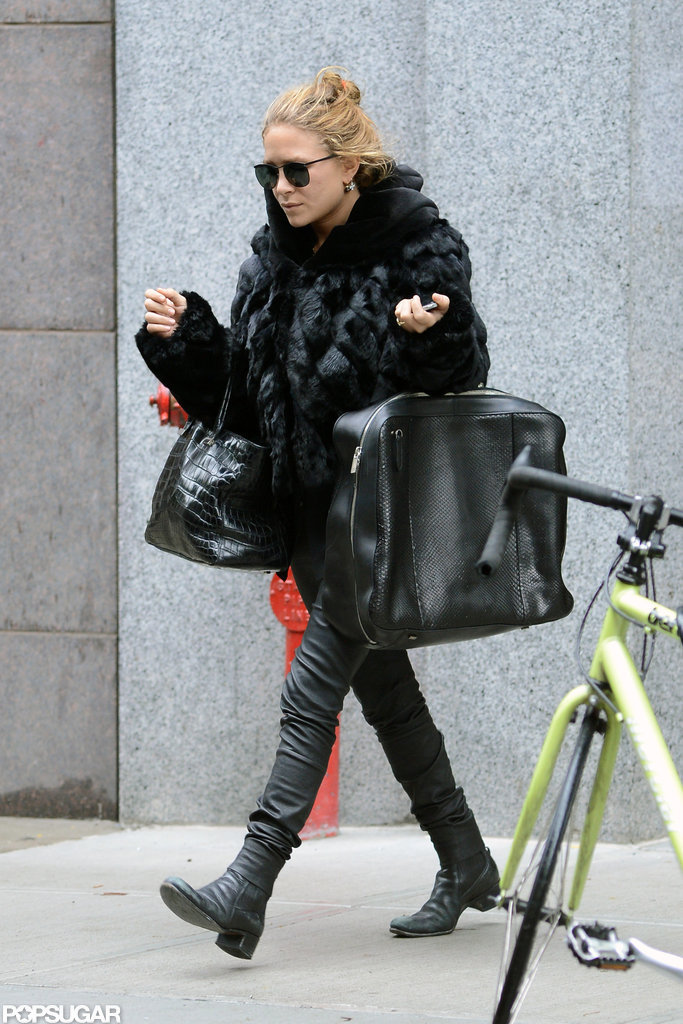 Mary-Kate Olsen took to the sidewalk in NYC.