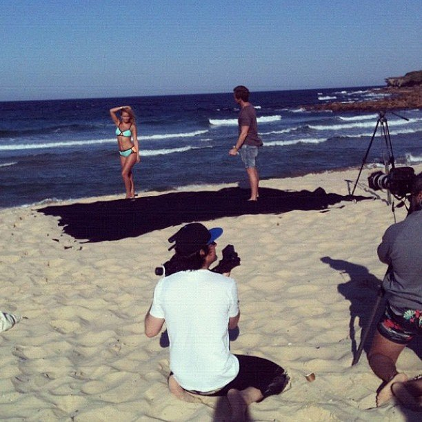 Lara Bingle struck a pose at Maroubra beach for her CLEO magazine cover. Source: Instagram user mslbingle