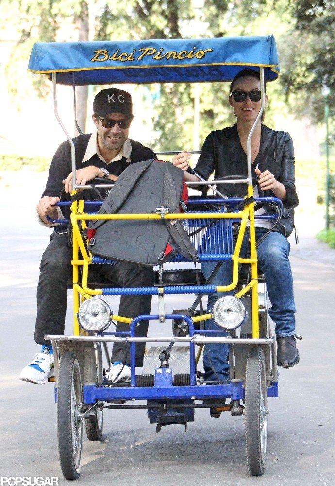 Olivia Wilde and Jason Sudeikis hopped on a two-person rickshaw bike.