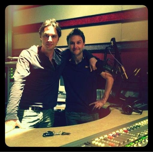 Zach Braff took a snapshot with Nerdist host Chris Hardwick after recording an episode. Source: Twitter user zachbraff