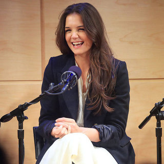 Katie Holmes Talks Dead Accounts on Broadway | Pictures