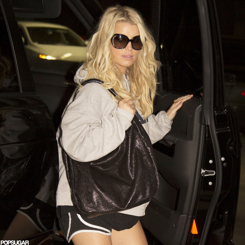Jessica Simpson arrived at the gym in LA.