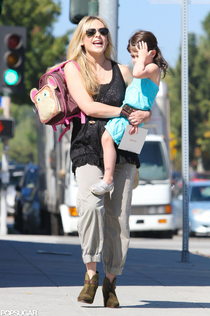 Sarah Michelle Gellar and Charlotte Prinze chatted as they strolled in LA.