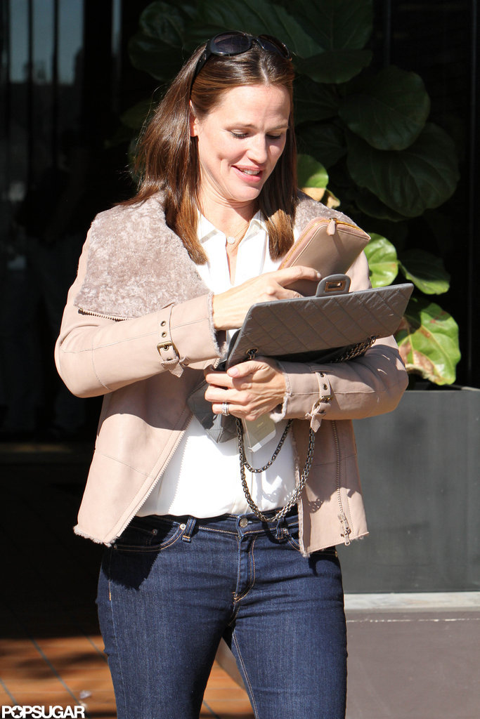 Jennifer Garner wore a camel coat for an outing in LA.