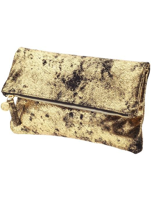 Looking to add a small golden touch to your look? This versatile Clare Vivier Foldover Clutch ($180) is ideal for pairing with LBDs, blazers, skinny jeans, and much, much more.