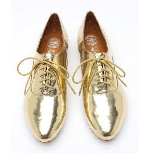 9 Irresistible Metallic Oxfords to Cure Your Cold Weather Blues