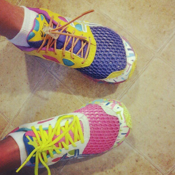 How adorable are these cute and colorful Asics? I think we want our own pair! Source: Instagram user tanyaazaconya