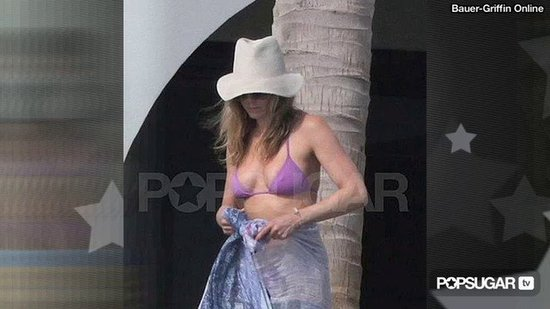 Jennifer Aniston & Cameron Diaz's Bikini Bodies