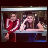 Jane Lynch posed with her niece behind the scenes of Glee. Source: Twitter user janemarielynch