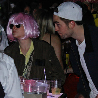 Robert Pattinson and Kristen Stewart in Halloween Costumes