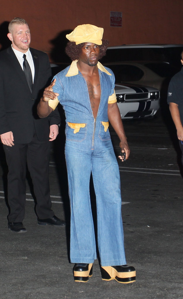 Kevin Hart went for a '70s vibe.