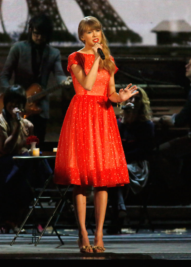 Taylor Swift appeared on stage at the Country Music Association Awards in Nashville.