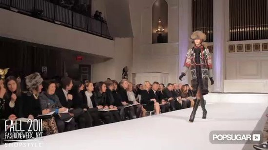 Oscar de la Renta Runway at Fall 2011 New York Fashion Week
