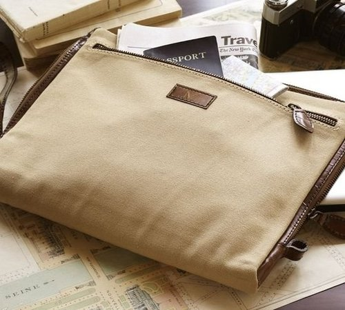 Saddle Zipper Laptop Sleeve