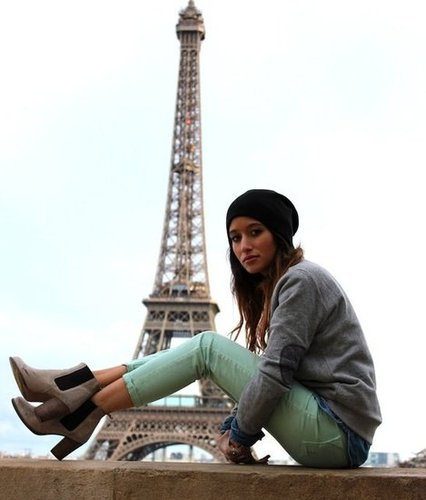 Besides being captivated by the Parisian landscape, we're also pretty into this street-styled mix. Source: Lookbook.nu