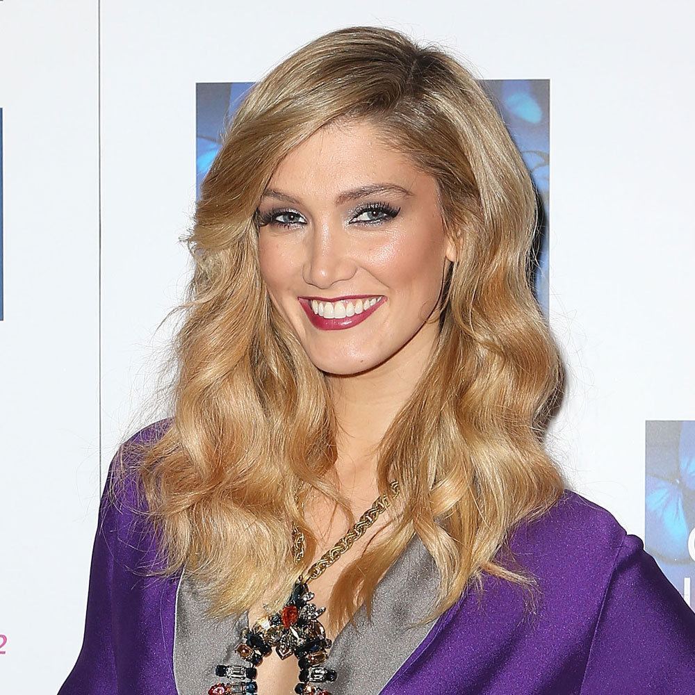 Delta Goodrem rocked the lady vamp look with a red wine lip and dark eyes. She proved that dark lipstick can work in the warmer months!