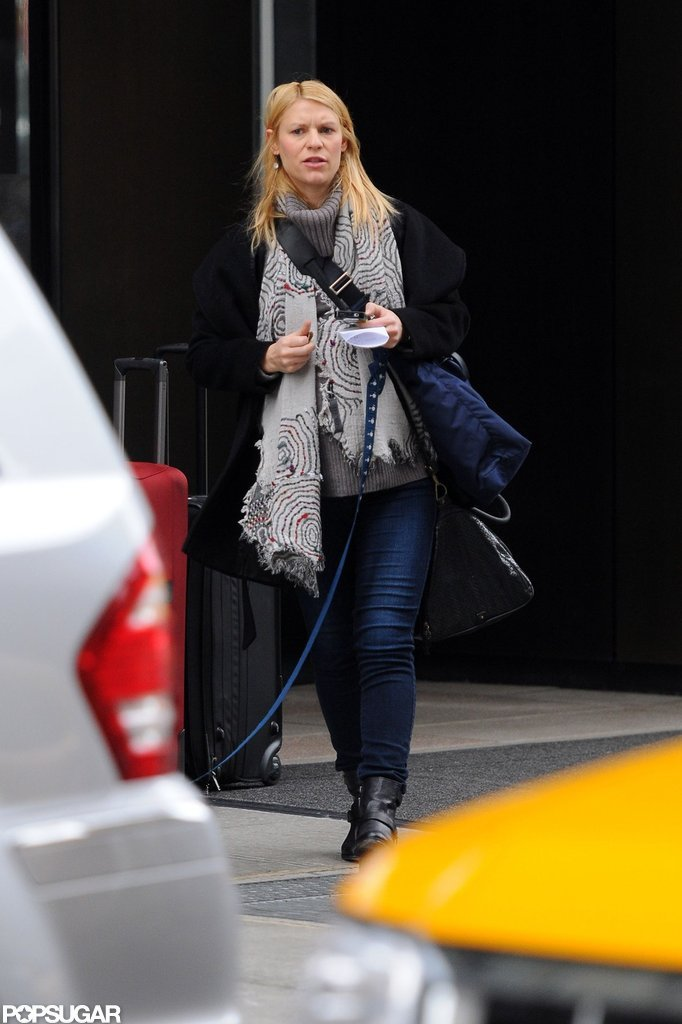 Claire Danes wore layers to walk her dog in NYC.
