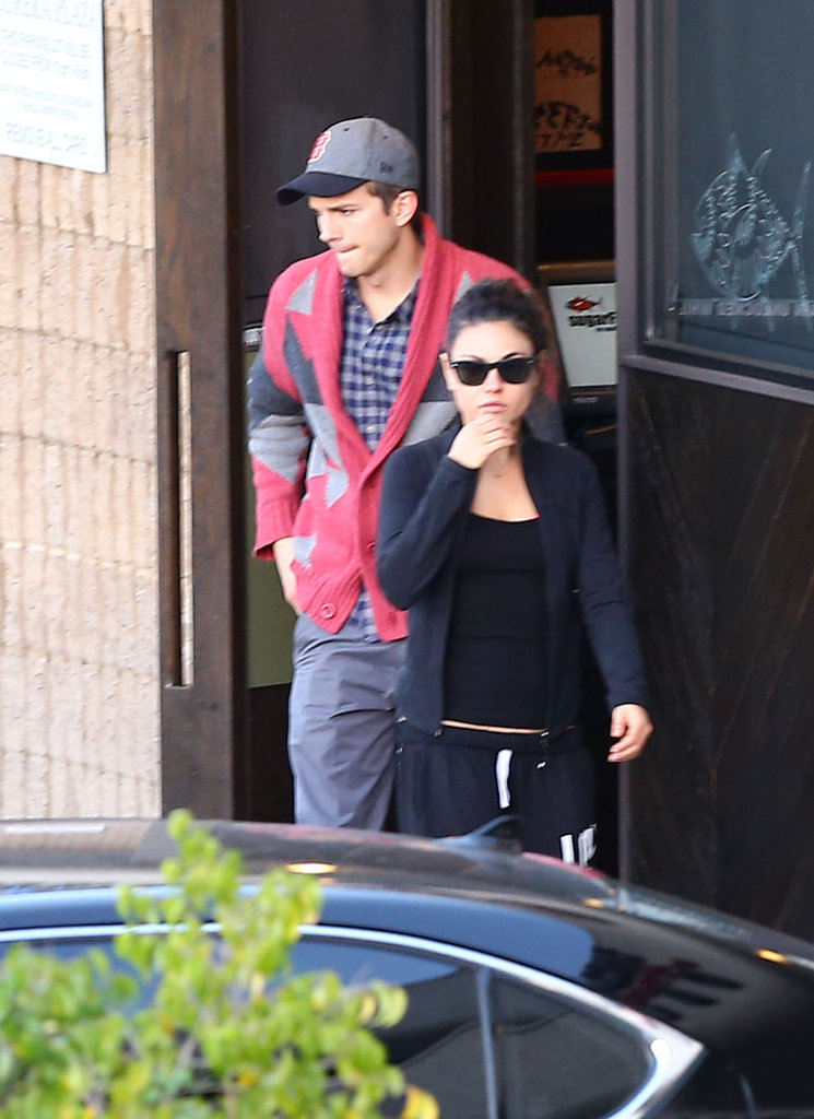 Ashton Kutcher and Mila Kunis got sushi.