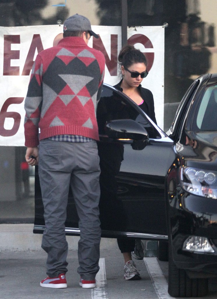 Ashton Kutcher and Mila Kunis Do Lunch Together