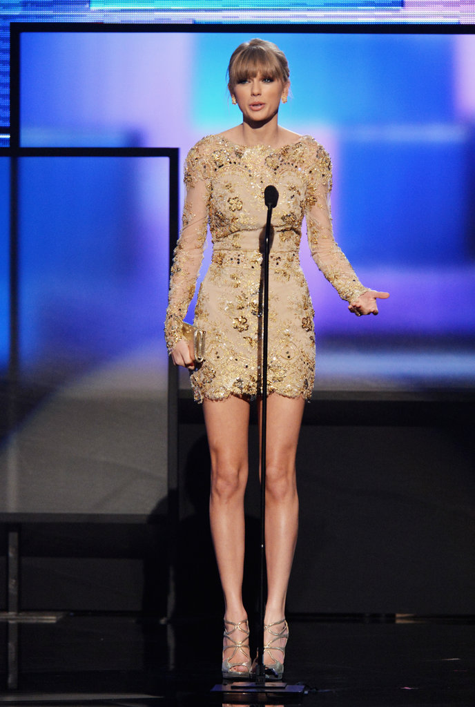 Taylor Swift was on stage in LA at the American Music Awards.