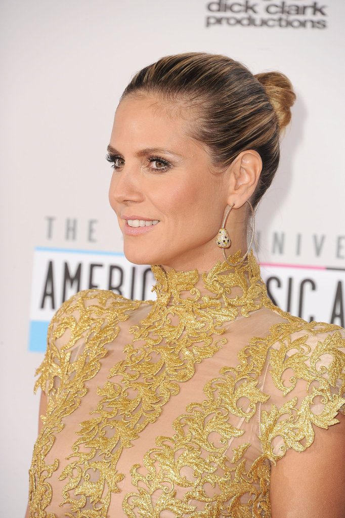 Heidi Klum hit the red carpet at the American Music Awards in LA.