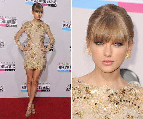 Pictures of Singer Taylor Swift at the American Music Awards