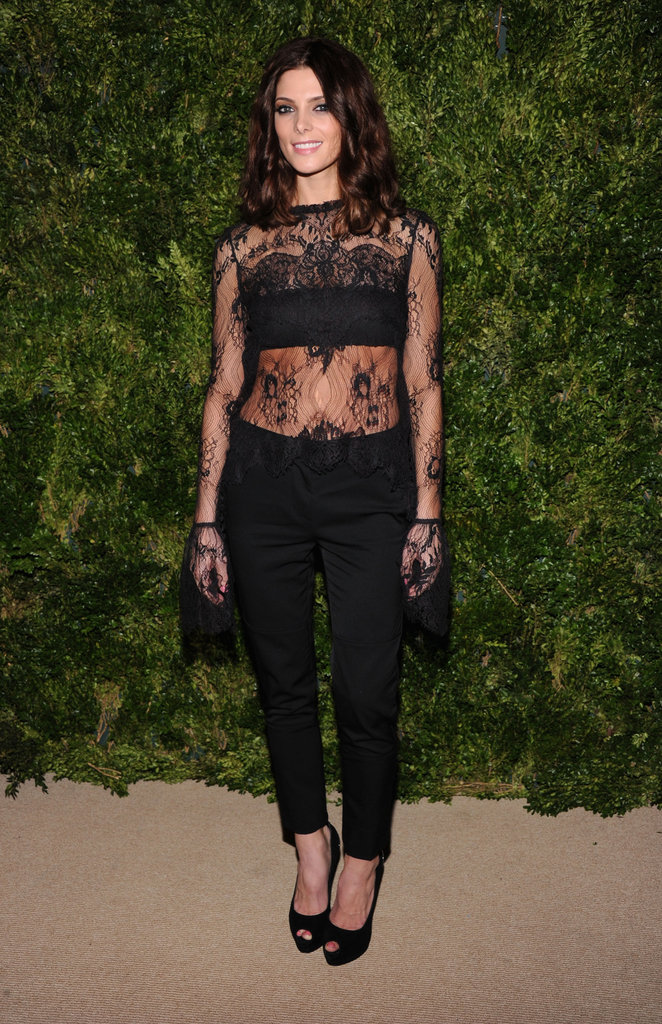 Ashley Greene wore all black at the CFDA/Vogue Fashion Fund Awards in NYC.