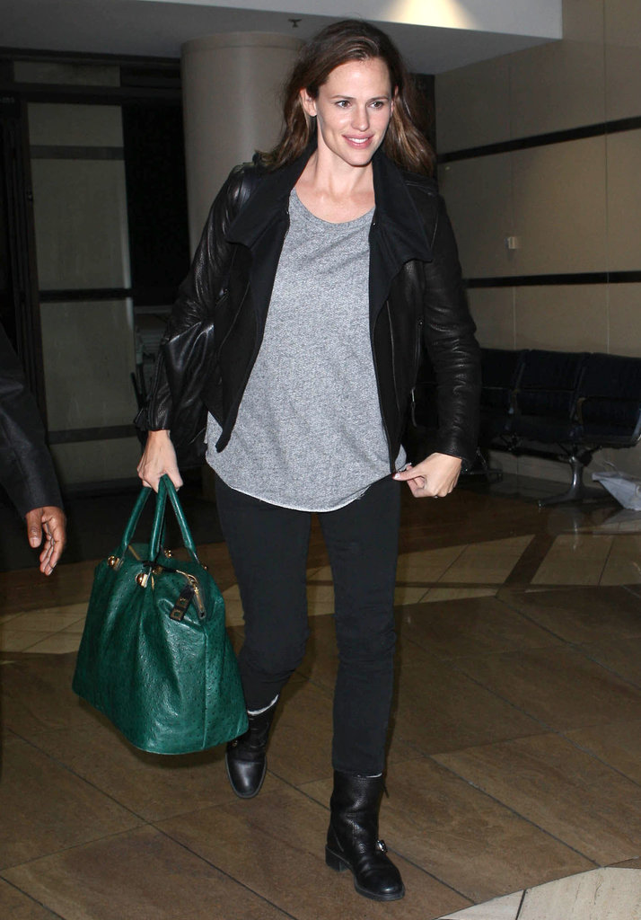 Jennifer Garner had a smile on her face as she departed from LAX.