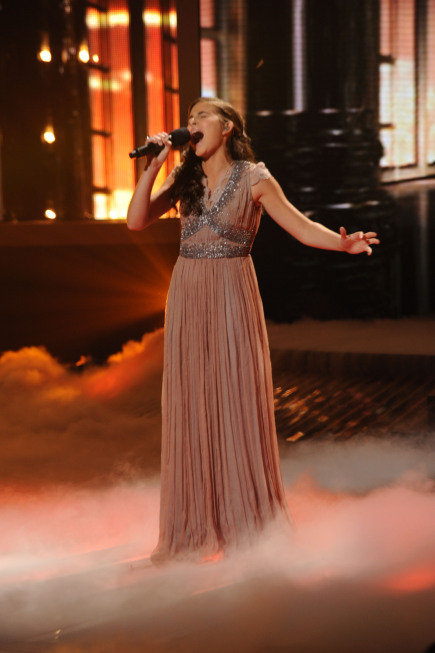 "Carly Rae Sonenclar belted out Celine Dion's ""My Heart Will Go On."""