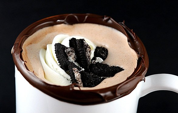 Cookies-and-Cream Hot Chocolate