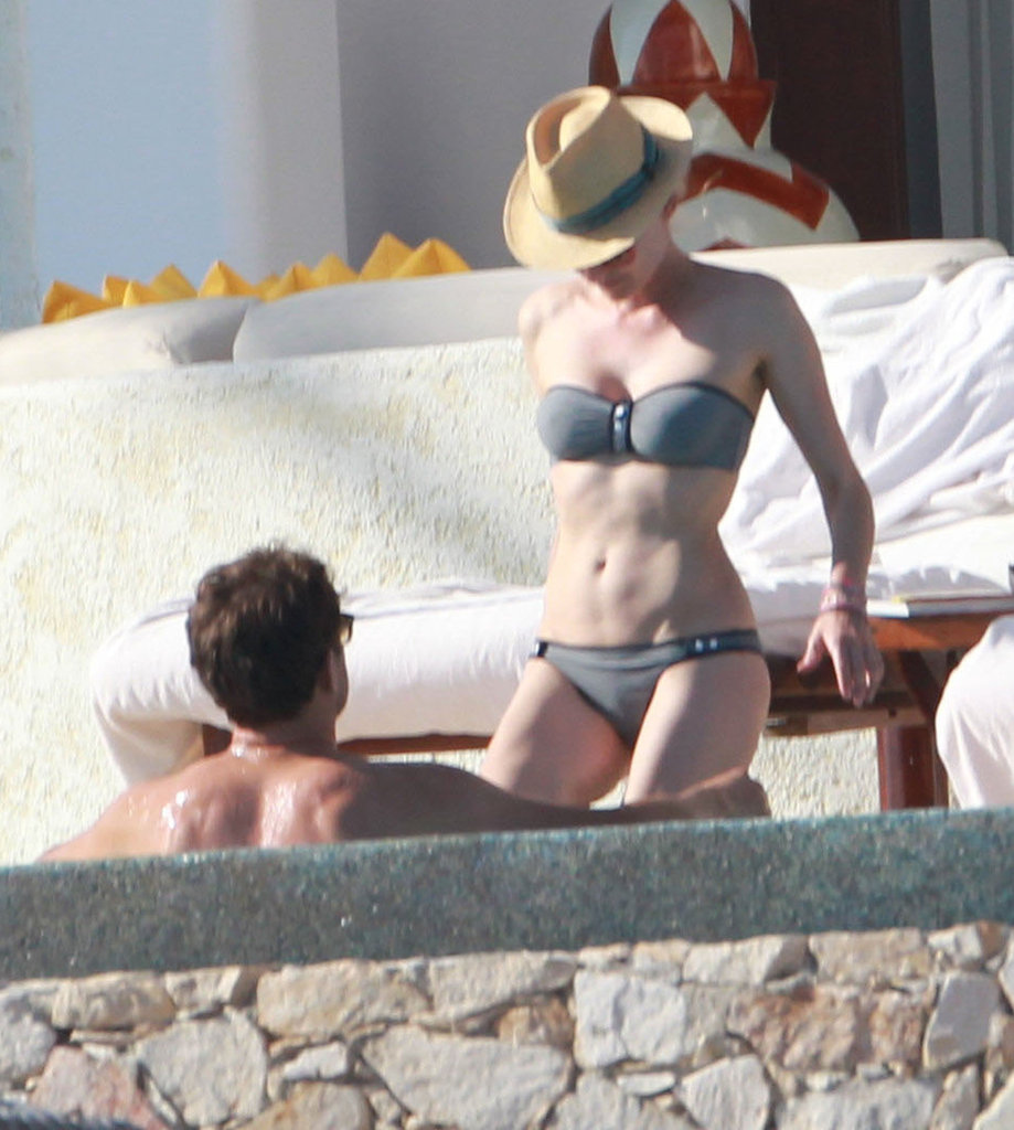 Diane Kruger Wears a Bikini in Cabo With Joshua Jackson