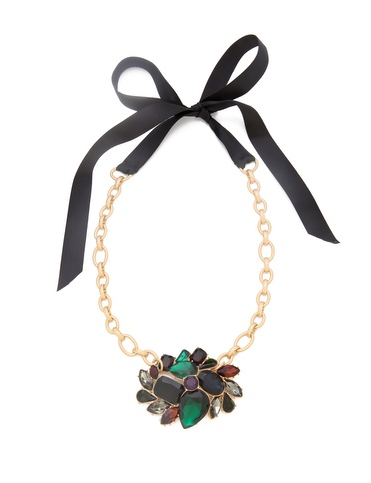 We love the ribbon and chain contrast on this party-perfect Club Monaco Ethel Cluster Necklace ($96).