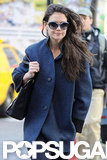 Katie Holmes carried a black bag.