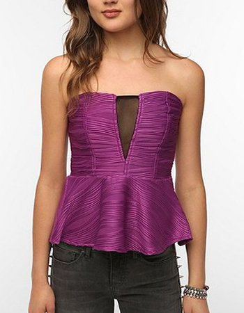 Wear this jewel-toned Reverse Textured Strapless Peplum Top ($49) with high-waisted skinnies and point-toe pumps for a holiday dinner and drinks.