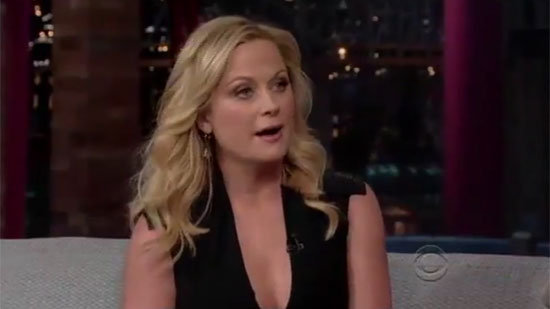 "Amy Poehler Promises a ""Level of Snark"" at the Golden Globes"