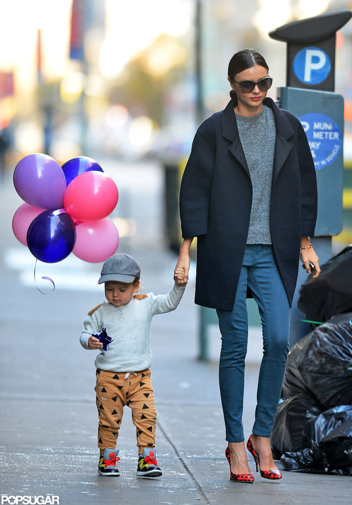 Miranda Kerr and Flynn Bloom picked up some balloons in NYC.