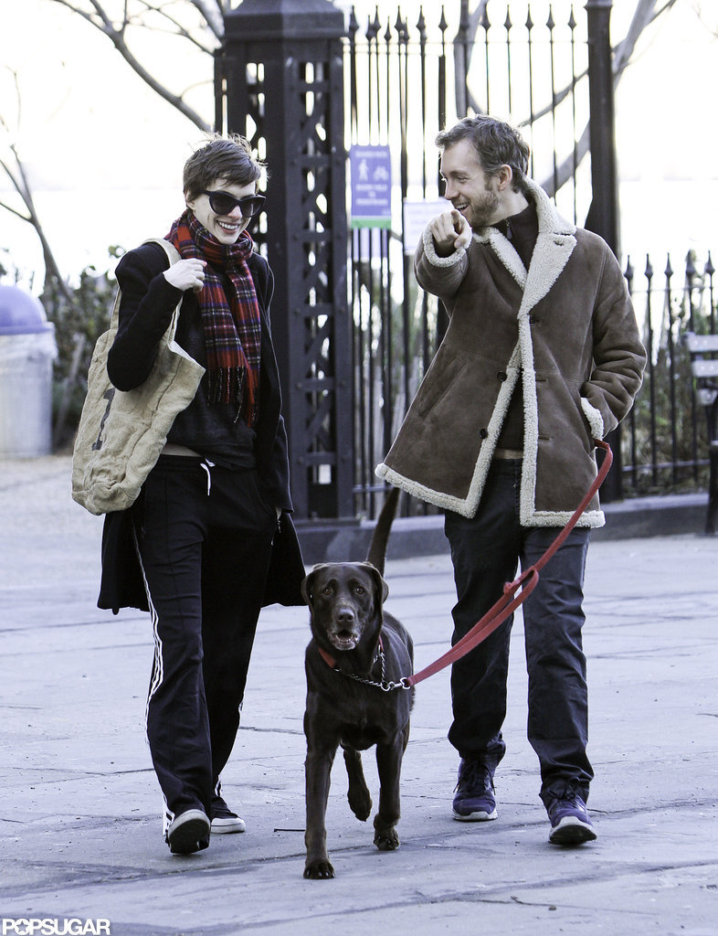 Anne Hathaway walked her dog with Adam Shulman.