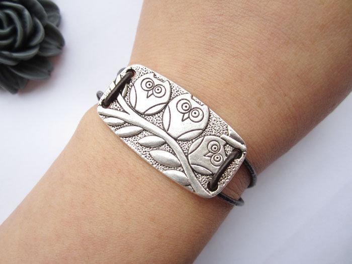 Silver Three Owls Bracelet