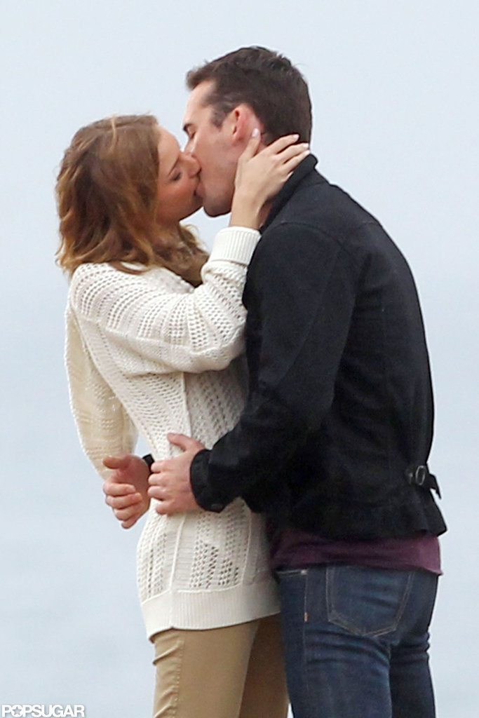 Emily VanCamp and costar Barry Sloane filmed a kissing scene for Revenge.