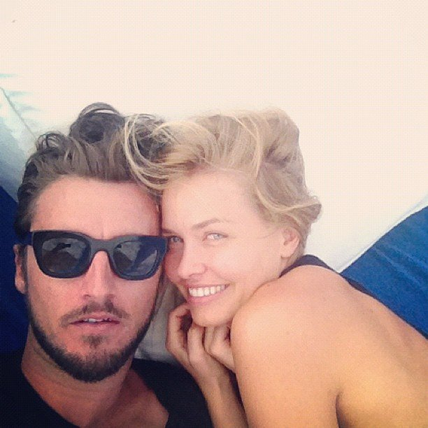 Lara Bingle cosied up to boyfriend Gareth Moody. Source: Instagram user mslbingle