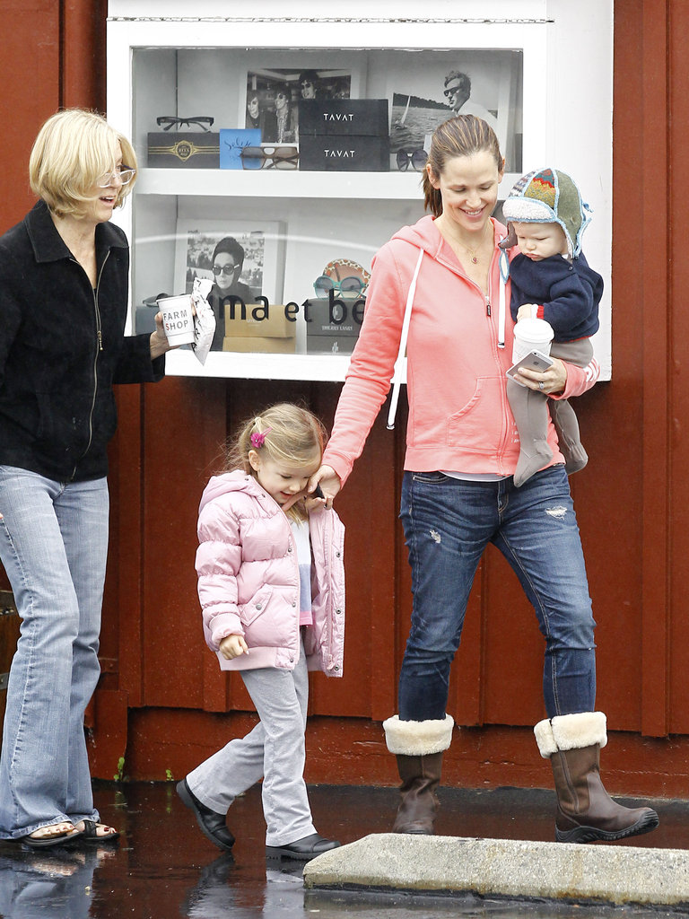 Jennifer Garner had Samuel in her arms and Seraphina by her side.