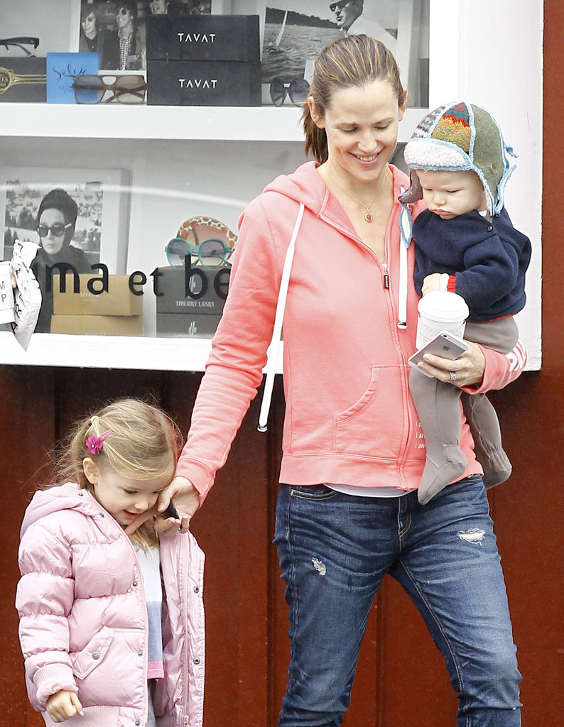 Jennifer Garner held Samuel as Seraphina walked close by.