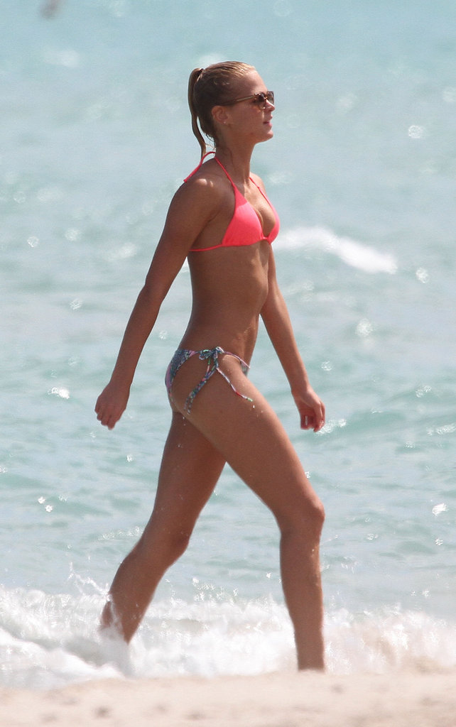 Erin Heatherton spent time in the water while relaxing in Miami this September.
