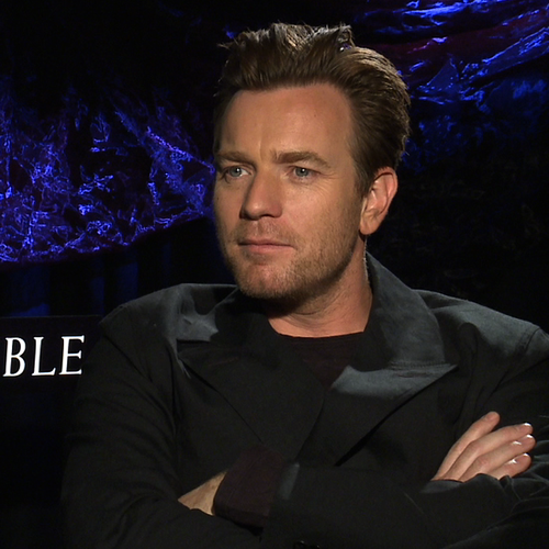 Ewan McGregor Interview About The Impossible (Video)