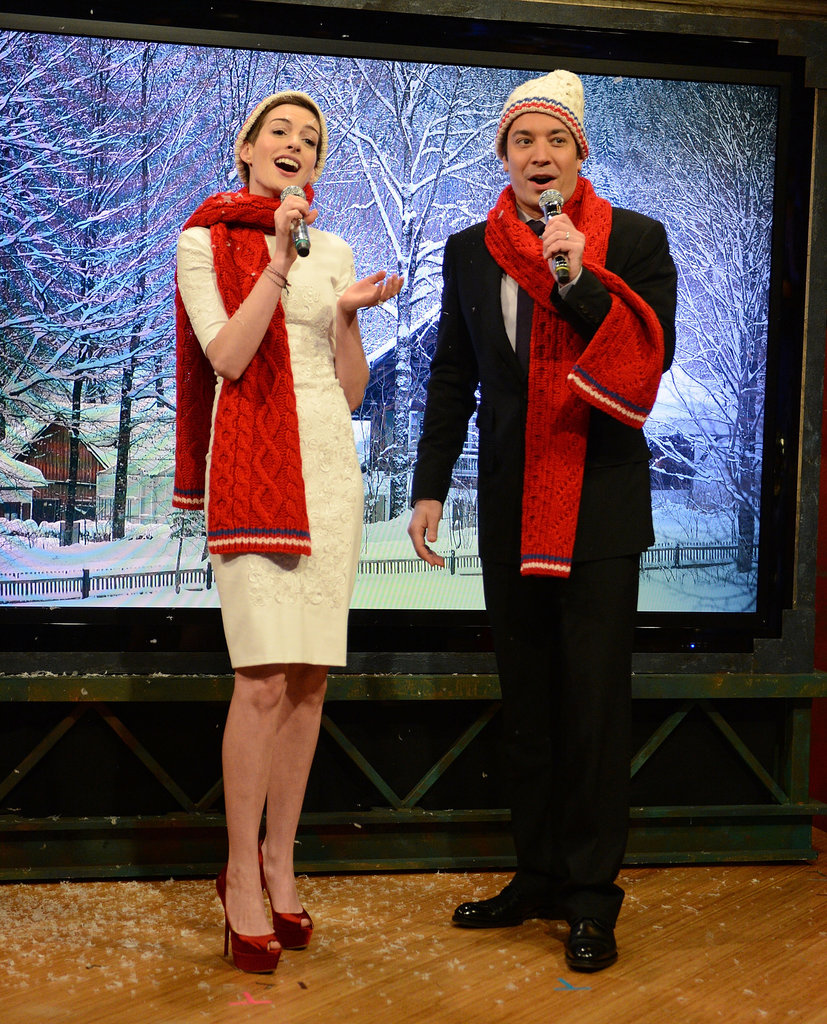 Anne Hathaway Busts Out Christmas Carols on Late Night